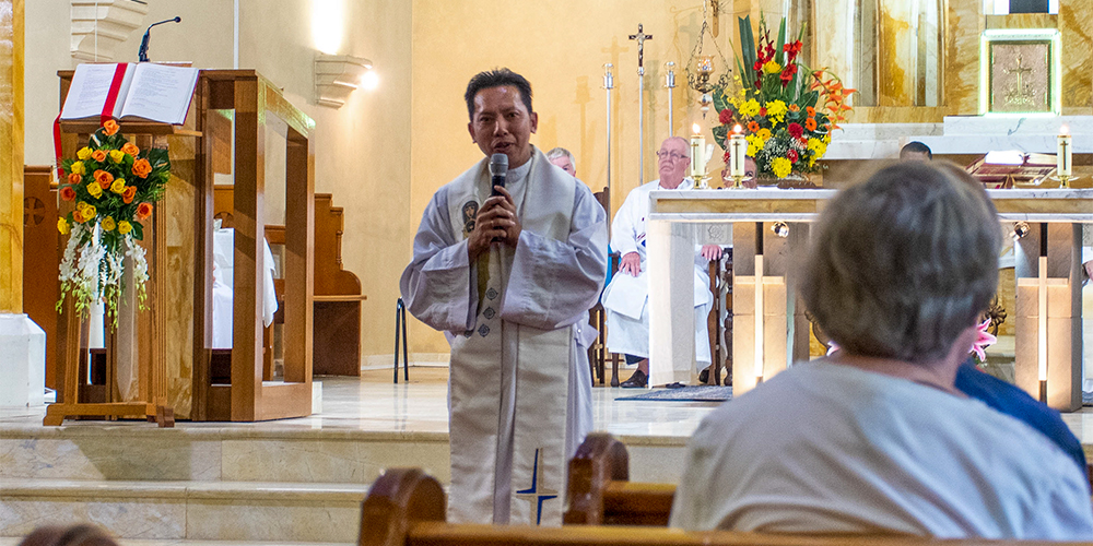 Fr Anthony gives homily